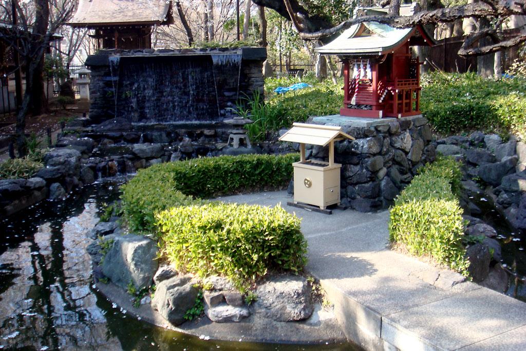 mais-do-templo-chuo-park