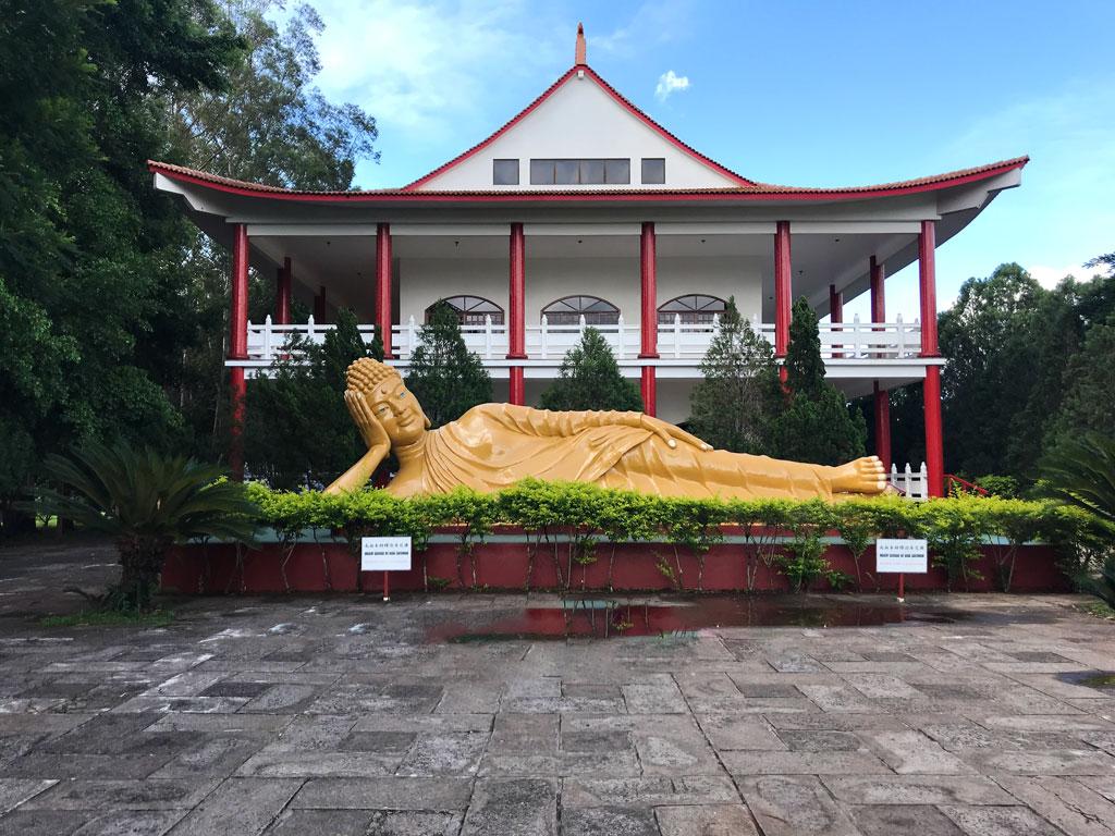 Buda deitado Shakyamuni